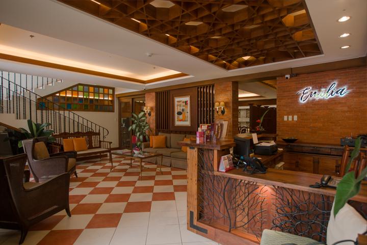 Reception Hotel Emilia