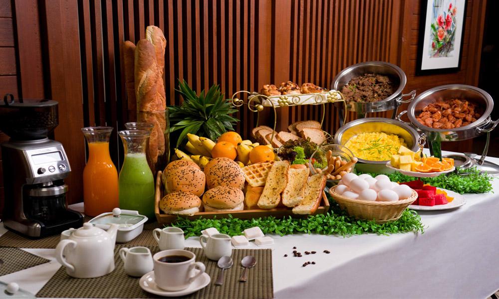 Hotel Emilia - Breakfast