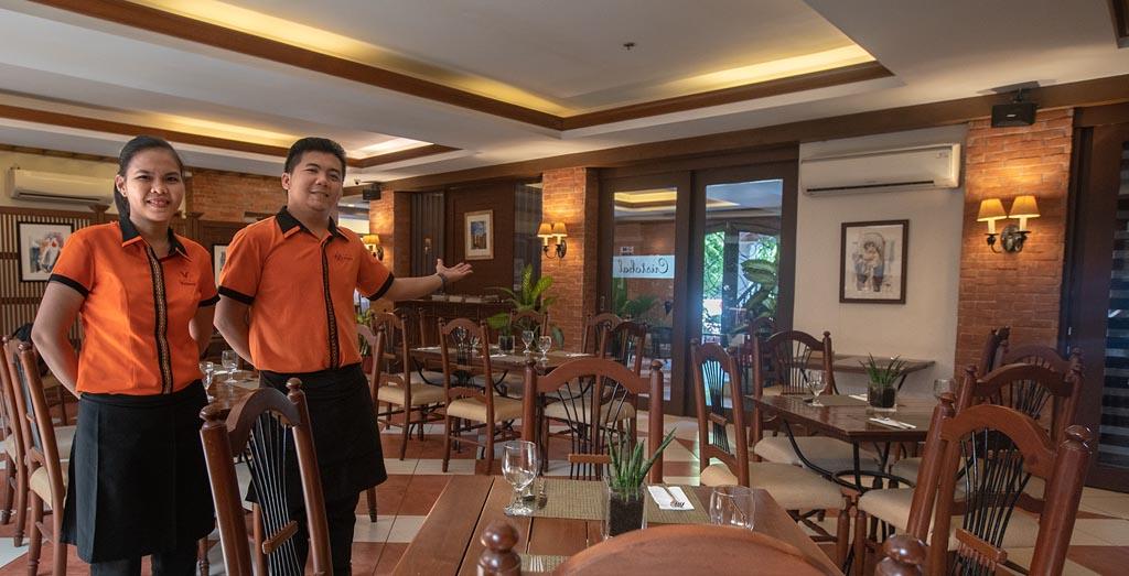Hotel Emilia - Cristobal Restaurant
